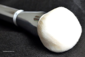 Heavenly Skin Bye Bye Pores Powder Brush #701